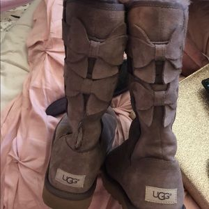 UGG purple bow boots